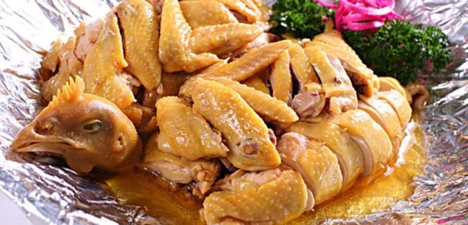卓资山熏鸡 · 乌兰察布
